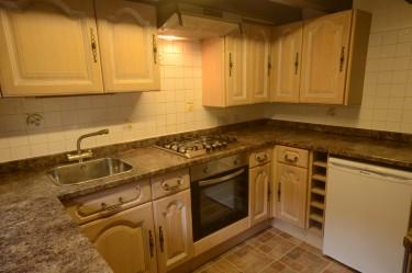cottage 1 kitchen b