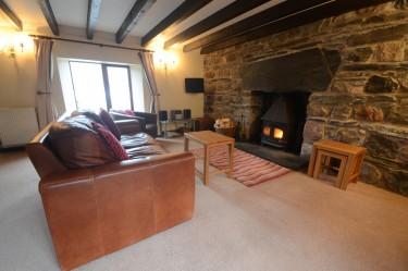 cottage 1 living room c