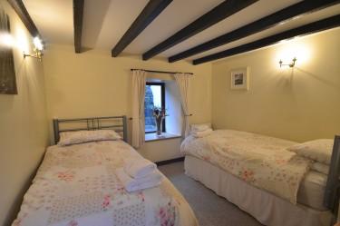 cottage 1 twin bedrom b
