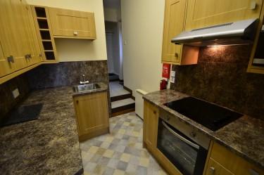 cottage 2 kitchen b